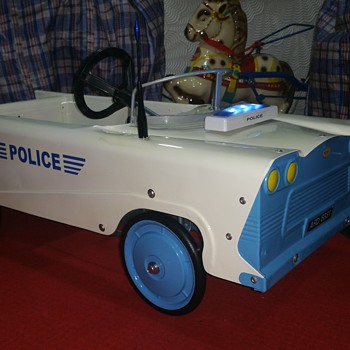 MOBO pedal car now restored