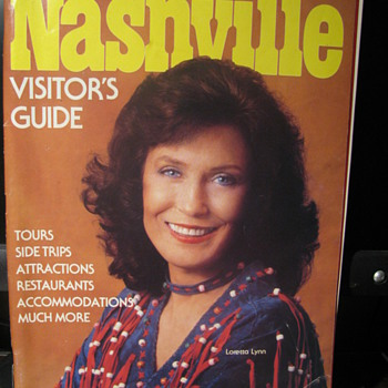 1980,82 Country Music Magazines - Music
