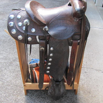 Vintage, F. Vella Saddle - Sporting Goods