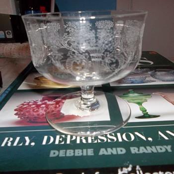 elegant crystal dessert dish mystery etch - Glassware