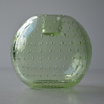 What am I, rose bowl, paper weight, candle holder? - Art Glass