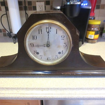 "Session Mantle Clock Has ""MIDAS"" Stamped on the label"