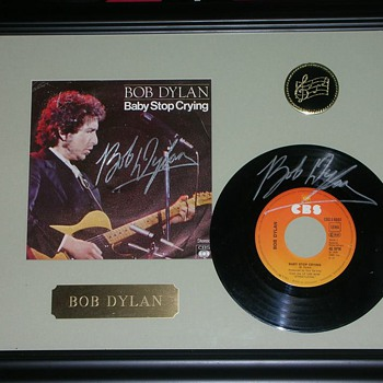 Baby Stop Crying Autographed Bob Dylan 45 rpm Record Sleeve & Record