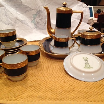 Limoges gold encrusted and cobalt demitasse set