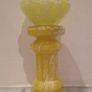 Pedestal and bowl in yellow spatter - ref. Welzebub