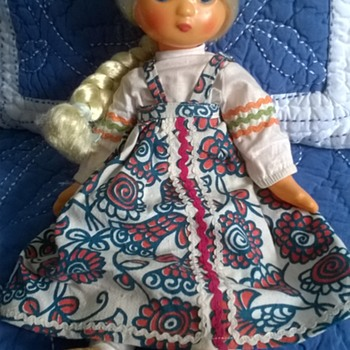 Unknown Vintage Doll - Dolls