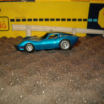 MAKO SHARK CORVETTE H.O SCALE