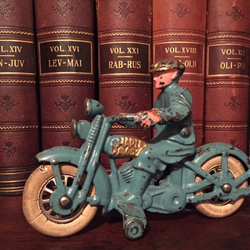 1930's Hubley HD Motorcycle - Toys