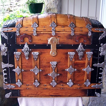 Saratoga Trunk - Furniture