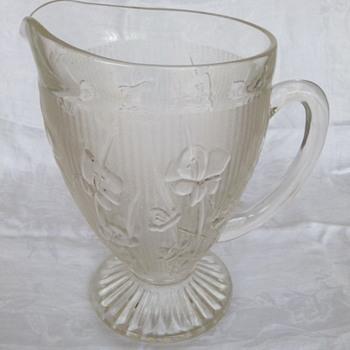 """Iris"" or ""Iris and Herringbone"" Jeanette Glass Co."