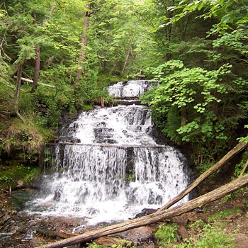 Waterfalls of Michigan's Upper Peninsula! - Photographs