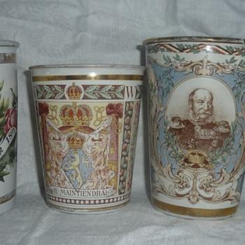 Historical Memorabilia Enamel Cups