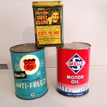 More old cans - Petroliana