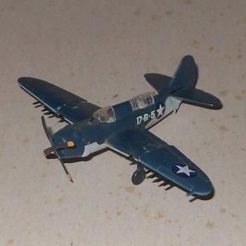 B achmann Mini-Plane SB2C Helldiver - Toys