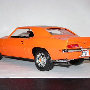 69' Camaro Z/28 RS - Model Cars