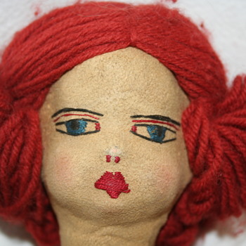 Ideas on this old doll??? - Dolls