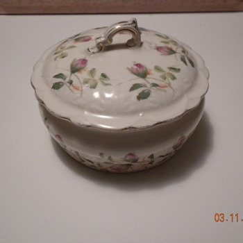 Sugar bowl,creamer - China and Dinnerware