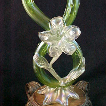 Bohemian Kralik Green Iridescent Thorn Art Nouveau Glass Vase w Applied Floriform
