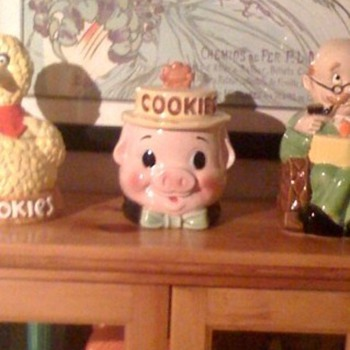 Pig Cookie Jar - Kitchen