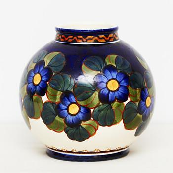 Aluminia vase (Denmark), ca. 1915 - Art Pottery