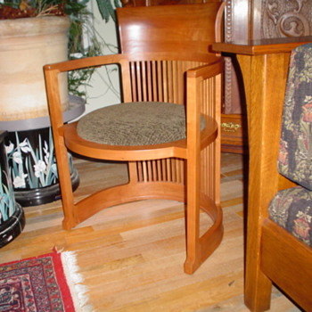 Oak cabinet, lamp, table chair, table/w side chairs,Frank L.Wright barrel chairr         - Furniture