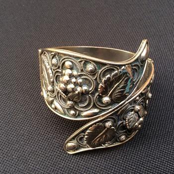 Vintage Italian bangle  - Fine Jewelry