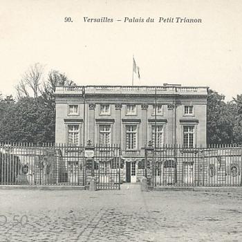 VERSAILLES - PALAIS DU PETIT TRIANON - Postcards