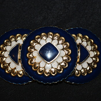 Costume Brooch Marked HR Paris