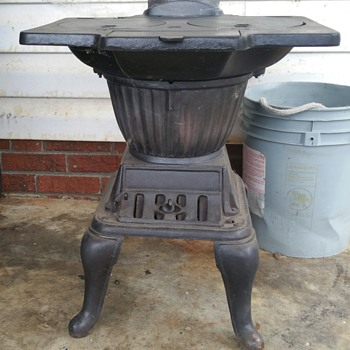 laundry stove/iron heater circa 1904-1920,  i amlooking for maker info. - Kitchen