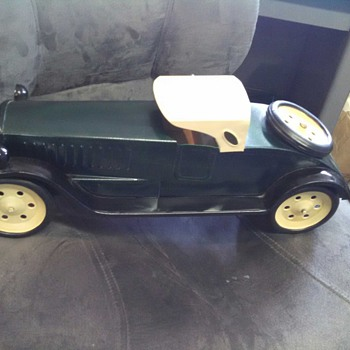 Schiebel tin toy car?