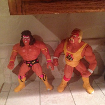 Vintage WWF 12 inch Talking Figures Hogan & Warrior