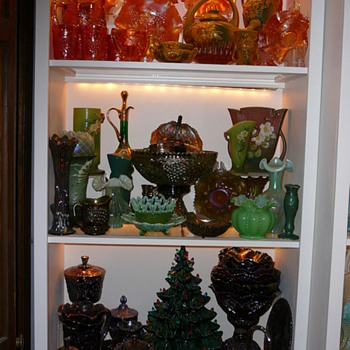 Pictures of my glassroom - Glassware