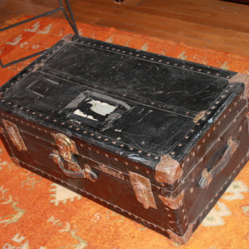 OVERLAND STEAMER TRUNK