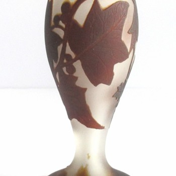 LOETZ  RICHARD CAMEO VASE IN BROWN - Art Glass
