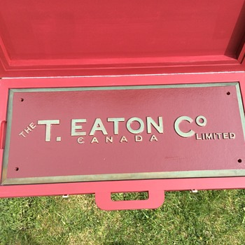 The T. EATON Co Limited, Winnipeg Store Building Sign