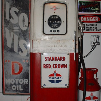 1950 Original Martin & Schwartz Gas Pump...Theme Is Standard...42 cents a gallon...Iso-Vis Porcelain Sign...5 Gallon Oil Can   - Petroliana