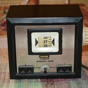 Tymeter Interval Laboratory Timer With Buzzer Model 90, 1966