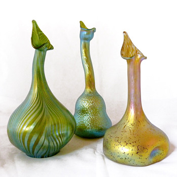 Three Lötz rosewater sprinkler vases - Art Glass