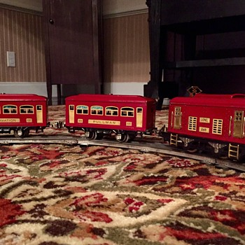 Pre-war Lionel O Gauge Passenger Set - Model Trains