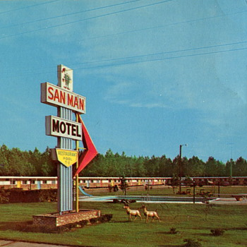 San Man Motel & Restaurant Postcard
