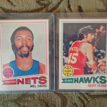 Awesome Lot of Vintage Basketball Cards - Basketball