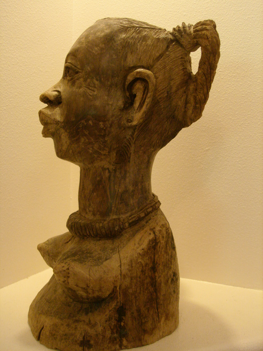 Primitive wood carved african sculptures collectors