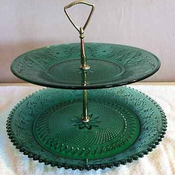 Tiara Exclusives Spruce Green Sandwich 2 Tier Tidbit Serving Tray - Glassware