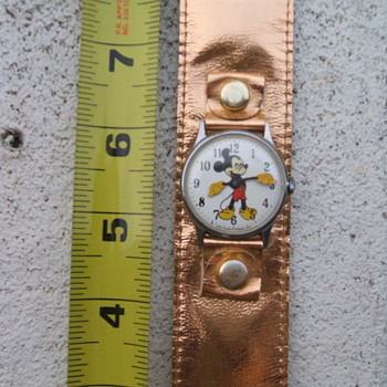 "1969-71 ""Mod"" style Mickey Mouse Watch - Wristwatches"