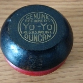 1950-1960 Duncan Wooden Genuine Beginners Yo-Yo  - Toys