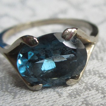 10K White Gold and Topaz Ring?