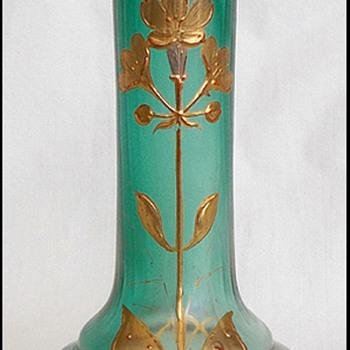 Bohemian Beauty  (  Blattgruen verlaufend ??? ) - Art Glass