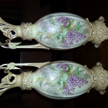 Lovely pair of vintage vases
