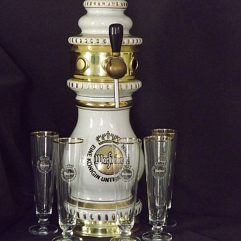 ANTIQUE PORCELAIN BEER TOWER - Breweriana