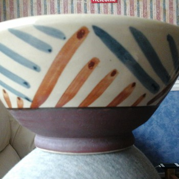 painted bowl - Art Pottery